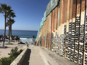 ティファナとサンディエゴの国境