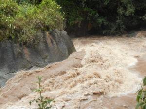 激流の「ウルバンバ川」