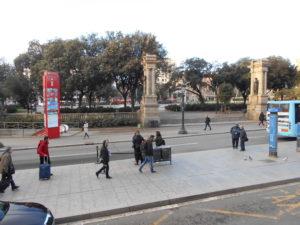 カタルーニャ広場のバス乗り場