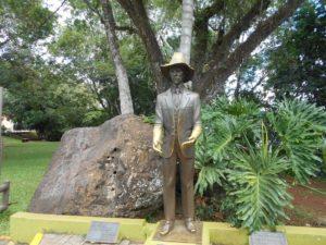 アルベルト・サントス・デゥモンの銅像