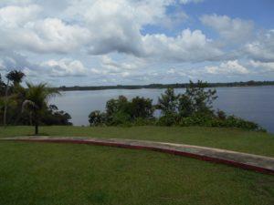 バンガローからのアマゾン川
