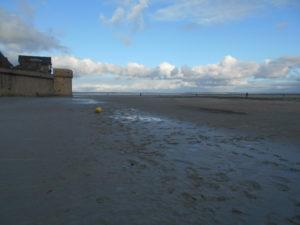 潮をが引いたサン・ロマ湾