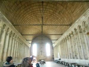 モンサンミッシェルの広い食堂