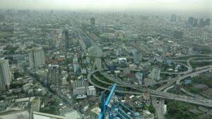 大都会バンコクの街並み