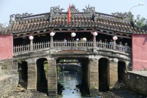 昼の来遠橋(日本橋)