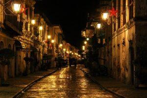 「Historic City of Vigan」の夜