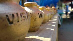 ビガン土産の花瓶
