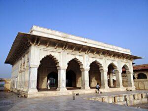 アーグラ城のムサンマン・ブルジ