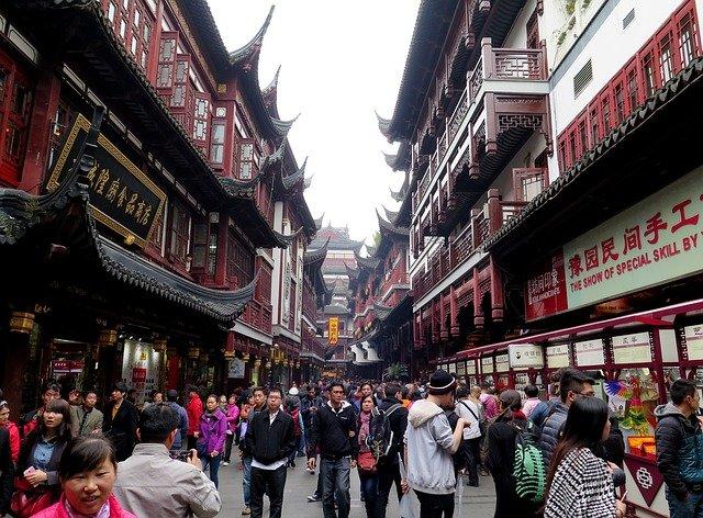 上海を代表する観光地「豫園商城」