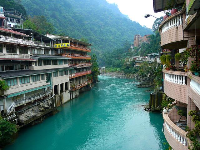 台湾観光の穴場「烏来温泉」
