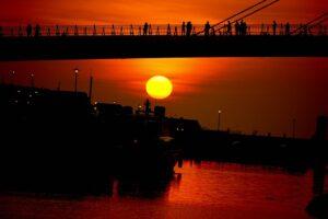 情人橋の夕陽