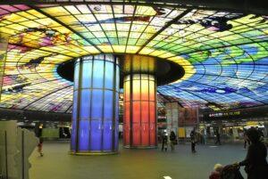 世界で最も美しい地下鉄駅第2位に選ばれた「美麗島駅」