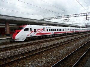 花蓮への移動手段、台湾鉄道の「普悠瑪号(ぷゆま号」