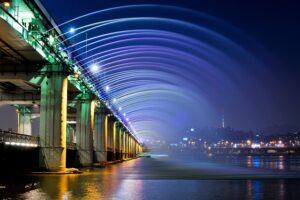 ギネスブックにも登録されている盤浦大橋の「世界最長の橋梁噴水」