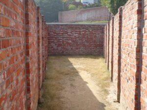 赤レンガの塀