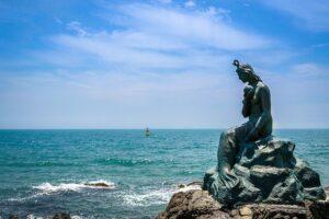黄玉姫の人魚像